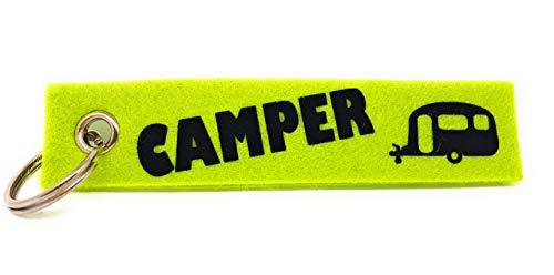 """Schlüsselanhänger aus Filz \""""Camper\"""" und einem Wohnmobil, Wohnwagen oder Zelt. Die zweite Seite kann individuell gestaltet werden."""