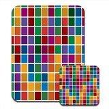 mosaico-con-baldosas-de-diferentes-colores-raton-y-posavasos