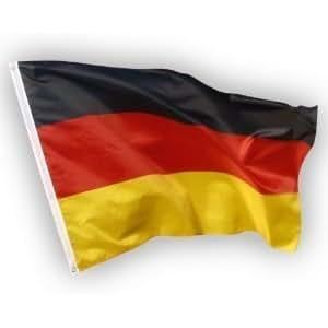 Deutschland Fahne, EM / WM Flagge aus Stoff mit doppelt umsäumten Fahnenrand, 2 Messing-Ösen zum Hissen, auch für Fahnenmast (ohne Stab), Wind- und Wetterfest, Fanartikel Europameisterschaft 2016