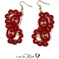Orecchini rossi eleganti realizzati a mano in pizzo chiacchierino e perline, made in Italy