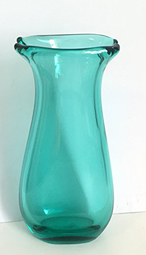 jarron-moderno-de-cristal-coloreado-florero-decorativo-de-vidrio-soplado-a-boca-en-colour-verde-tran