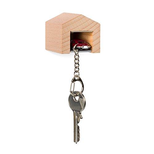 garage-con-jaguar-e-type-per-la-parete-il-chiavi-board-in-legno-di-faggio-e-acciaio-inox-con-kult-au