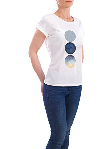 "Design T-Shirt Frauen Earth Positive ""Geometric Blue Circles"" - stylisches Shirt Geometrie von Linsay Macdonald Weiß"