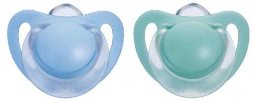 NUK 10175040 Silikon Beruhigungssauger (Schnuller) Starlight mit Ring, Größe 1 (0-6 Monate), BPA-frei, 2 Stück, blau/grün