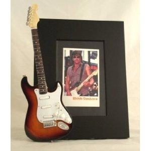 Sambora-gitarre Richie (RICHIE SAMBORA Miniatur Gitarre Foto Rahmen Bon Jovi)