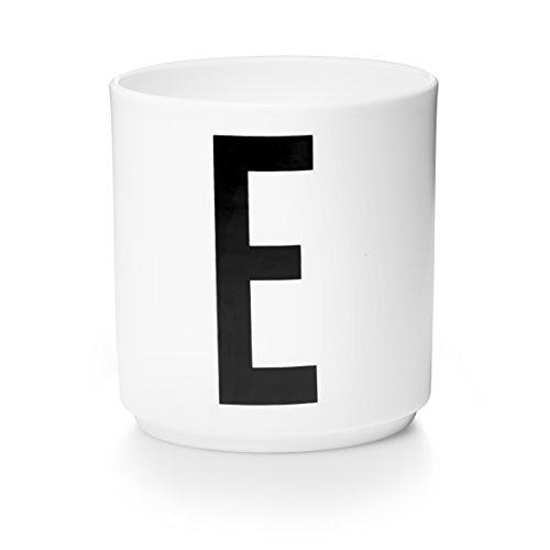 Design Letters - Becher - Buchstabentasse - Buchstabe: E - Porzellan - Arne Jacobsen Design-porzellan