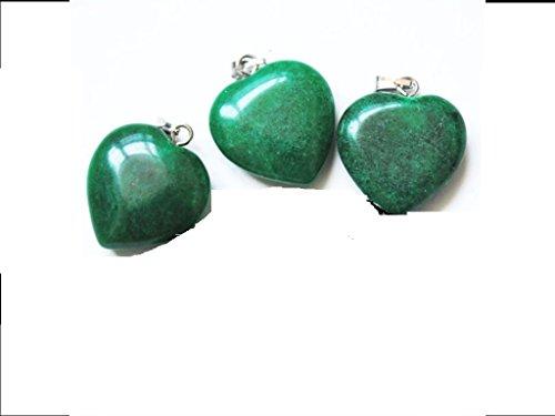 cadeau-saint-valentin-pendentif-mineraux-coeur-jade-de-chine