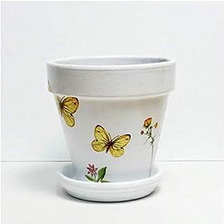 Macetas para plantas, pintadas en blanca, decorada con mariposas y flores técnica decoupage. Originales, diseños únicos.