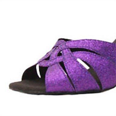 c3b3bb65af32d ... Femme En Daim Avec Des Sandales De Danse À Talons Hauts Latina Purple  Salsa