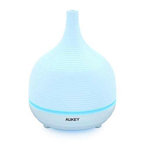 AUKEY Aroma Diffuser 500ml mit 7 Farben-LED Weiß Ultraschall Luftbefeuchter für Beauty-Salon, Spa, Yoga, Schlafzimmer, Wohnzimmer, Konferenzraum