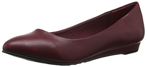 Soft Style by Hush Puppies Womens Darlene Wedge Pump, Mid Brown Leather, 10 M US Dark Red