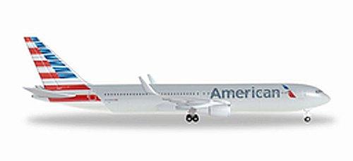 herpa-528276-b767-300er-american-airlines