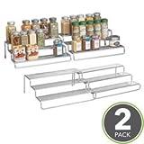 mDesign 2er Set Gewürzregal ausziehbar – vielseitige Gewürzablage für Ordnung im Küchenschrank oder auf der Küchenablage aus robustem Metall – silber