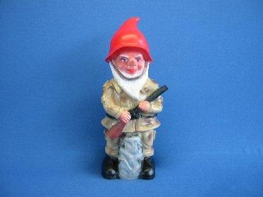 Gartenzwerg Soldat Zwerg, Kunststoff, 50 cm von Rakso bei Du und dein Garten