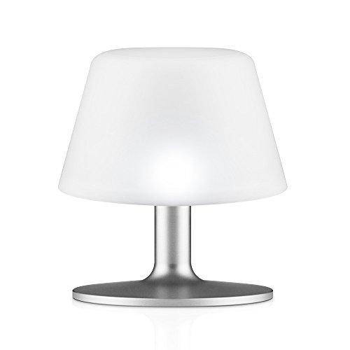 eva-solo-571337-lampe-de-table-lampe-solaire-sans-fil-hauteur-135-cm-sunlight-aluminium-blanc
