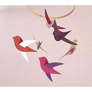 Babymobile, 6 Birds Pink Töne aus recyceltem Karton und Holzkreis, handgefertigt