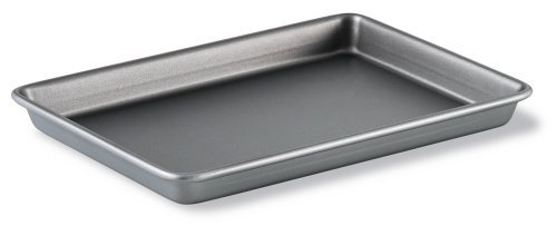 Calphalon Classic Bakeware 9-by-13-Inch Rectangular Nonstick Brownie Pan by Calphalon Calphalon Pan Brownie
