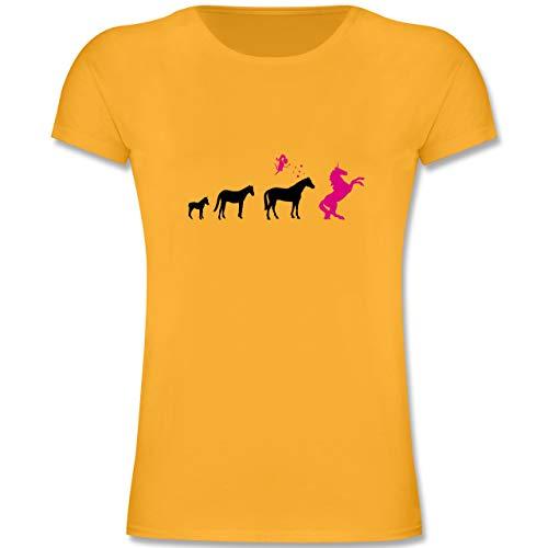 Evolution Kind - Evolution Einhorn - 116 (5-6 Jahre) - Gelb - F131K - Mädchen Kinder T-Shirt