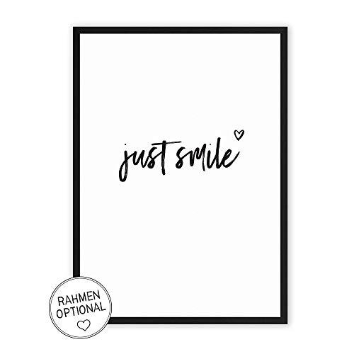 just smile - Kunstdruck auf wunderbarem Hahnemühle Papier DIN A4 -ohne Rahmen- schwarz-weißes Bild Poster zur Deko im Büro/Wohnung/als Geschenk Mitbringsel zum Geburtstag etc.