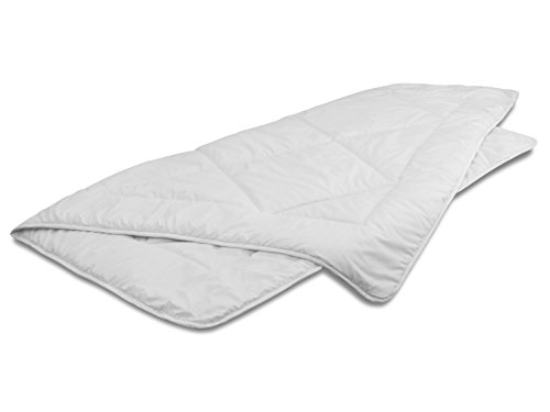 Mono-Steppdecke - Ganzjahresbettdecke für ein durchschnittliches Wärmebedürfnis - erhältlich in 3 verschiedenen Größen, 135 x 200 cm