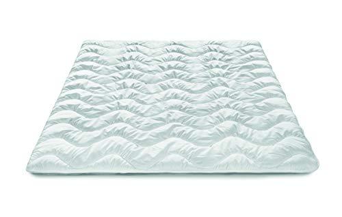 Traumnacht Basis Steppbett Mono, für den übergang, mit kuschelig weichem Microfaserbezug in 135 x 200 cm, weiß