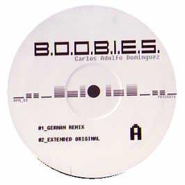 carlos-adolfo-dominguez-boobies-12