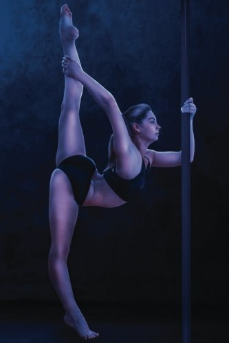Pole Stretch Dancer Journal: Volume 25 (Dance 365 Lined) por N.D. Author Services