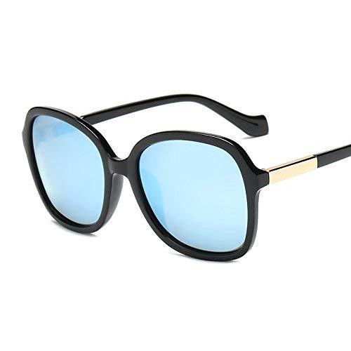 SCJ Die Mode im Star-Stil ist Teil eines Lichts, das den Sonnenspiegel der Frau vor dem Wiederbeleben Alter Bräuche schützt, Einer Sonnenbrille mit großem Gestell und Einer eleganten Brille