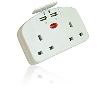 XFORT® UK to EU Adaptor with Dual USB Sockets. European Travel Adaptor with Two USB Ports, Travel USB Adaptor Ideal for Charging Your Smart Devices Whilst on Holiday.