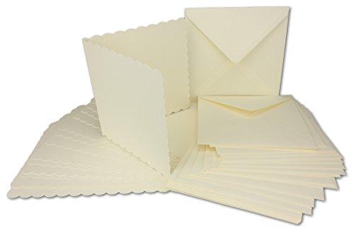 50x Quadratisches Falt-Karten-Set mit Wellen-Schnitt-Rand & Brief-Umschlägen I Farbe: Creme I 14,5 x 14,5 cm I Papier-Bastel-Set inklusive hochwertiger Box! I Gustav NEUSER® -