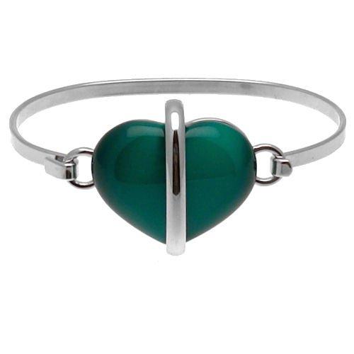 Esta pulsera con corazón elegante y contemporánea brazalete es de color plateado con una vibrante piedra de ojo de gato color verde esmeralda. Esta impresionante pulsera es perfecto para un regalo y es un complemento impresionante para una colección ...
