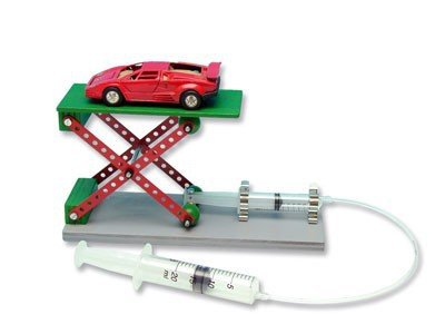 Preisvergleich Produktbild matches21 Hebebühne Pneumatik / Hydraulik Modell als Bausatz f. Kinder Werkset Bastelset ab 12 Jahren