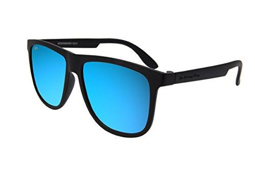 The Wrong Way Sonnenbrille Unisex Typ Wayfarer Blaue Spiegelgläser Cat.3 UV400 von hoher Qualität. Rahmen und Bügel in Soft-Ausführung für maximalen Komfort. Schutzhülle und Reinigungstuch sind im Lieferumfang enthalten.