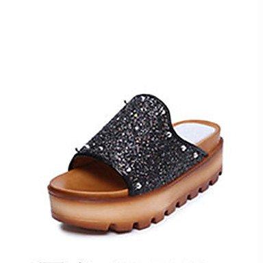 zhENfu donna pantofole & amp; flip-flops sandali Comfort PU Primavera Estate Casual rivetto tacco piatto oro nero argento Flat Black