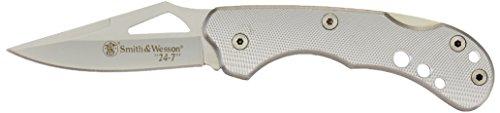 Smith and Wesson Einhandmesser, Stahl 7CR17, Back Lock, geriffelte Aluminium-Griffschalen,...
