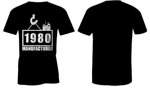 Manufactured 1980 - Rundhals-T-Shirt Männer-Herren - hochwertig bedruckt mit lustigem Spruch - Die perfekte Geschenk-Idee (01) schwarz