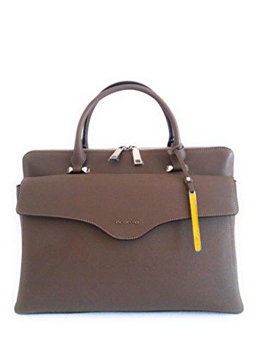 Cromia 1403390 perla business borsa da lavoro donna in pelle saffiano con tracolla mis. Lungh.38xAlt.27xProf.14 cm. Altezza compreso manici 39 cm.