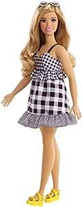 Barbie Fashionista, muñeca 32cm con look veraniego con vestido a cuadros (Mattel FJF56)