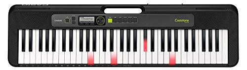 Das Keyboard LK-S250, 61 anschlagdynamische Leuchttasten im Piano-Look, Pedalanschluss, Stereo-Minibuchse Audio-Eingang