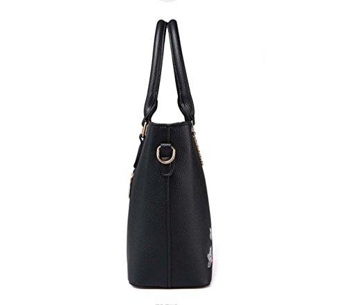 La borsa multifunzionale della borsa della spalla della borsa della donna ha ricamato la grande capacità per le donne Red