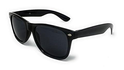 Black Lens Wayfarer Style Sunglasses - Unisex Shades UV400