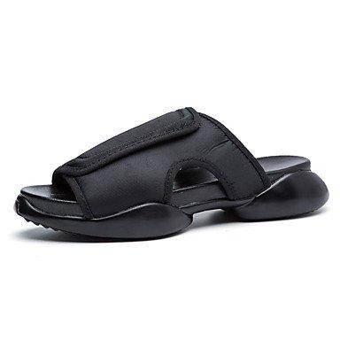Slippers & amp da uomo;Estate Comfort tela casuale che cammina piani del tallone bianchi sandali neri sandali US7 / EU39 / UK6 / CN39
