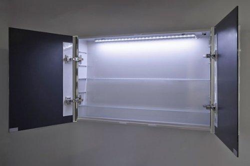 Badezimmerspiegelschrank mit Beleuchtung - 3
