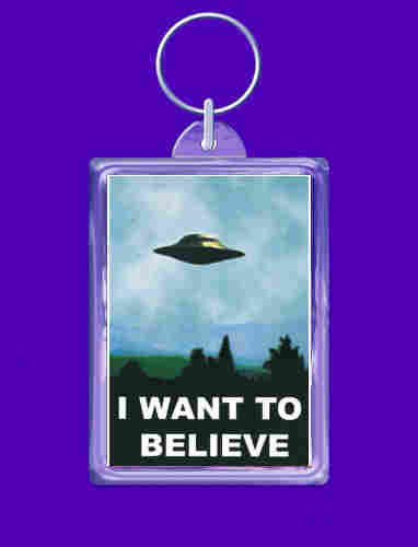 i-want-to-believe-keyring-double-sided-by-wonkydragon