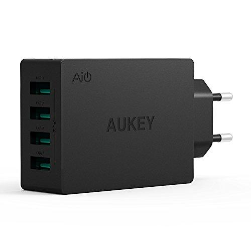 Aukey® Caricatore USB da muro portatile a 4 porte con la Tecnologia AIPower 30W 5V/ 6A per Samsung Smartphone, iPhone, iPad, Tablet e dispositivi ricaricabili via USB EU Plug (Nero)