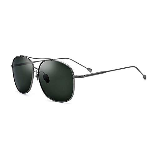 Neue ultraleichte Sonnenbrille aus reinem Titan for männliche Fahrer Schutzbrille Polarisierte quadratische Sonnenbrille Weiblicher Grauer Rahmen Dunkelgrünes Objektiv UV400-Schutz Brille