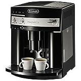Kaffeevollautomat DéLonghi ESAM 3000 B + Kaffeebohnen, gratis