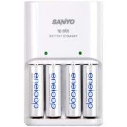 Sanyo Eneloop Charger Inc 4 Aa Batteries Amazon Co Uk