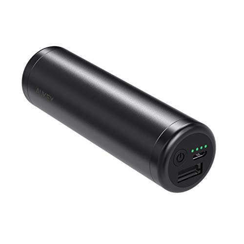 Foto AUKEY Mini Power Bank 5000mAh, Batteria Portatile con Uscita 2A per iPhone 8/ Plus/ 7/ 6s, Samsung S8+/ S8, iPad ECC. (Nero)
