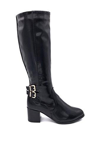 CHIC NANA . Chaussure Femme Botte à Talon en Similicuir Vernie, dotée d'un Bout Rond et de Deux Attaches à la Cheville.